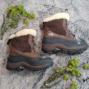 The North face waterproof brown boots | 8.5